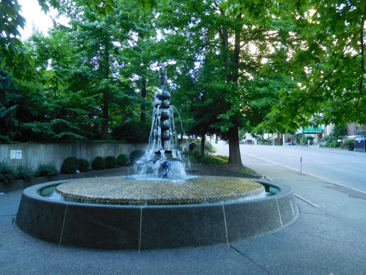 Naramore Fountain near the corner of 6th Avenue and Seneca Street. (Photo: Scott Bonjukian)